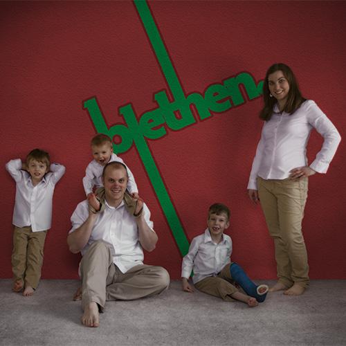 family2011
